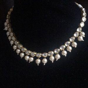 Jewelry - Kundan necklace
